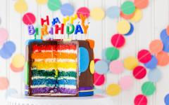 Regenbogen-Geburtstagskuchen