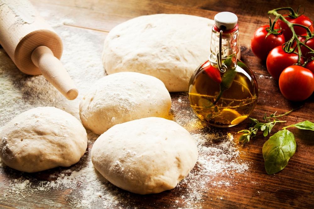 Pizzateig für eine traditionelle, italienischer Pizza