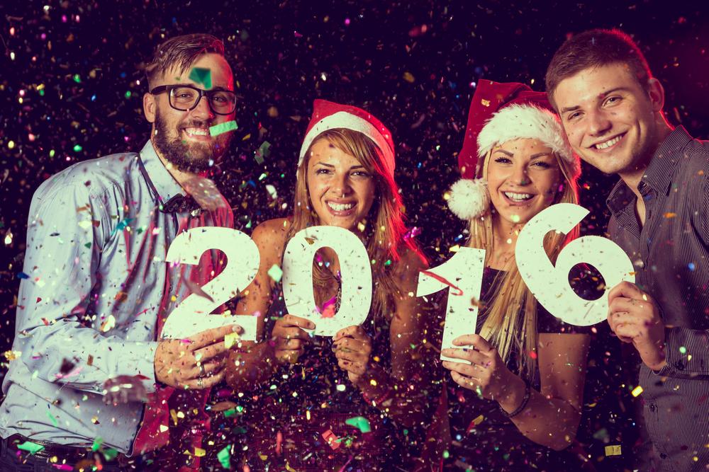 Wir wünschen Ihnen einen guten Start ins neue Jahr wünscht und eine schöne Silvesterparty!